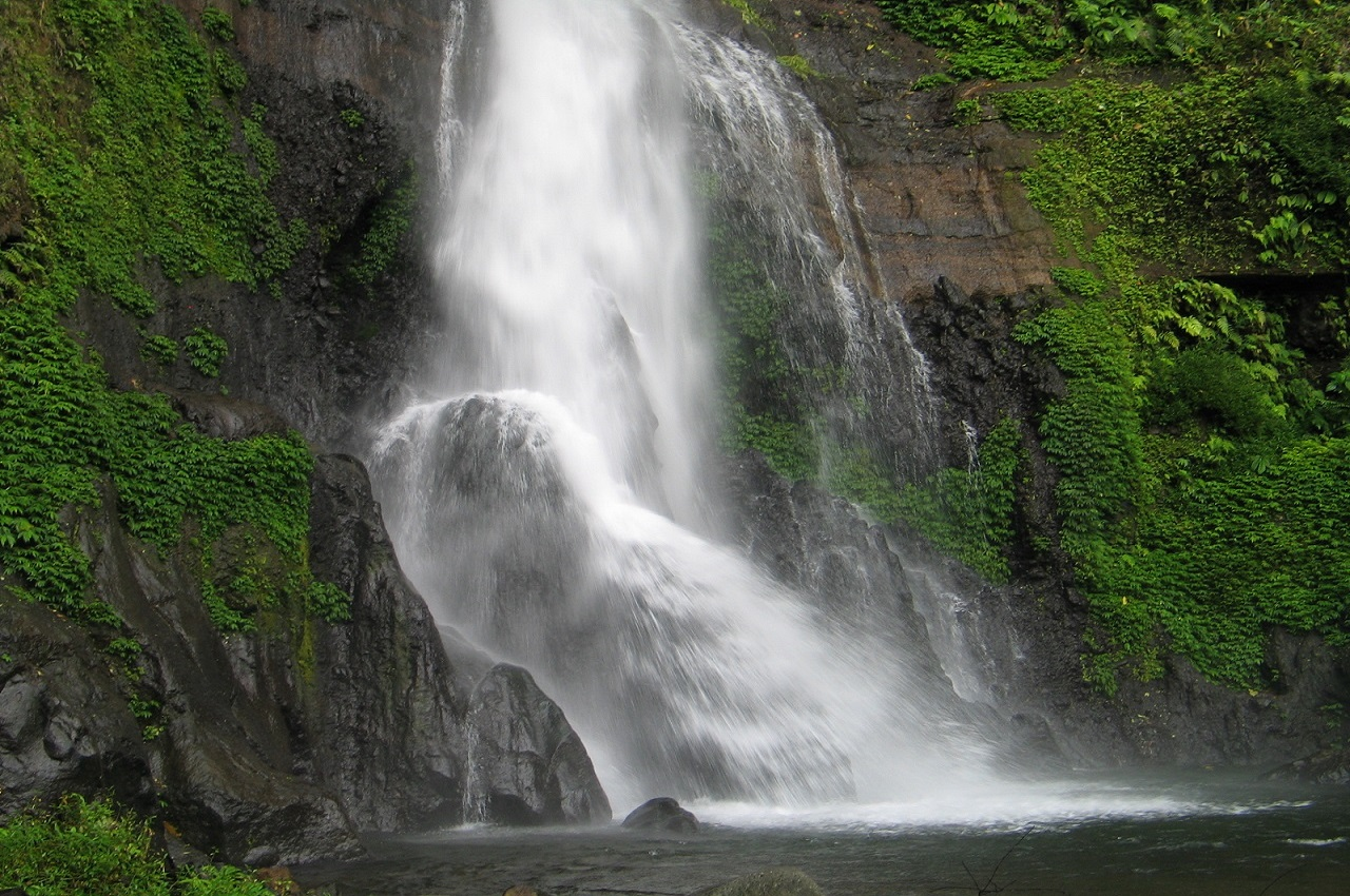 Bali Attractions: Gitgit Waterfall