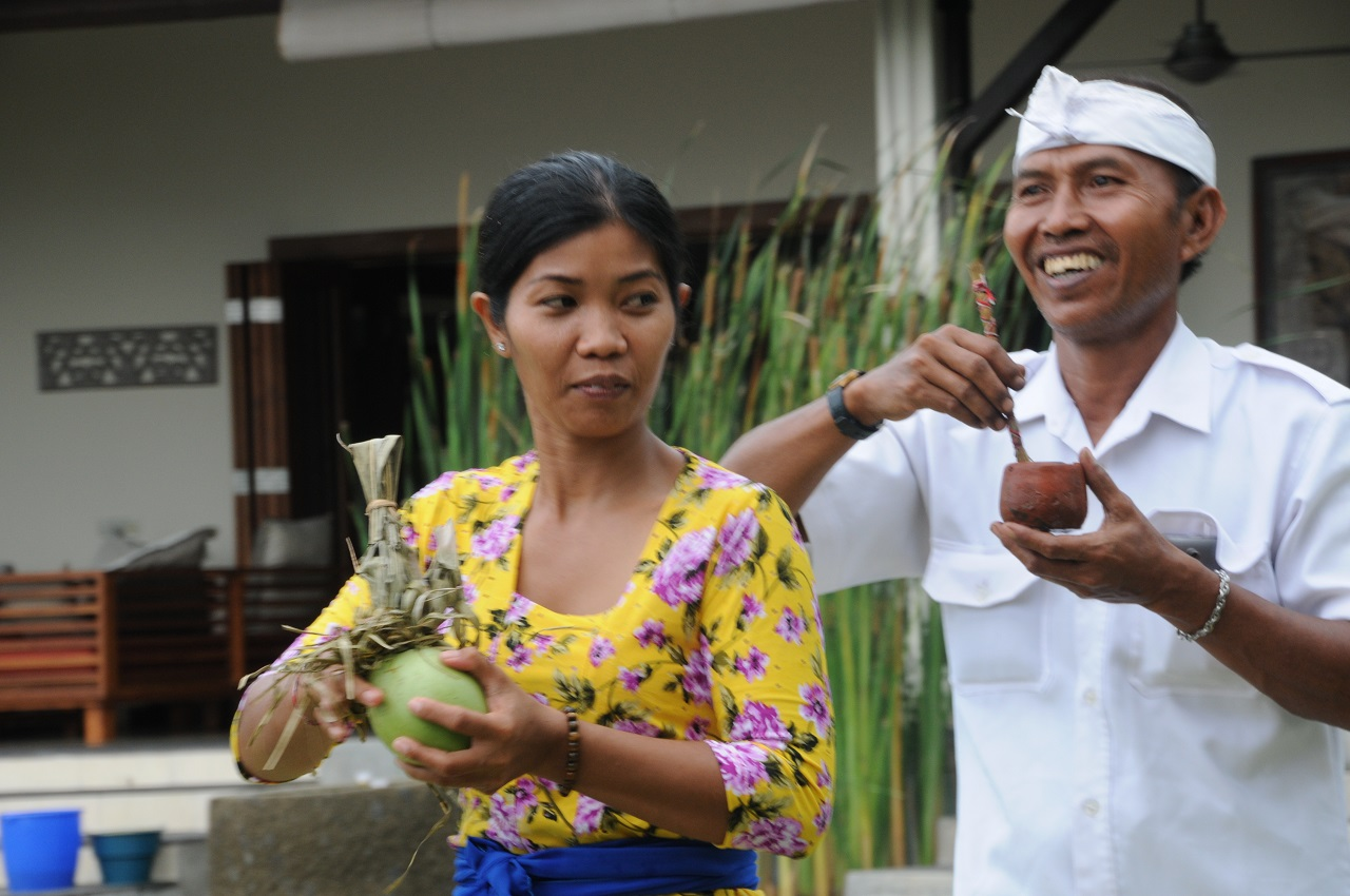Putu: household and cooking und Putu: security